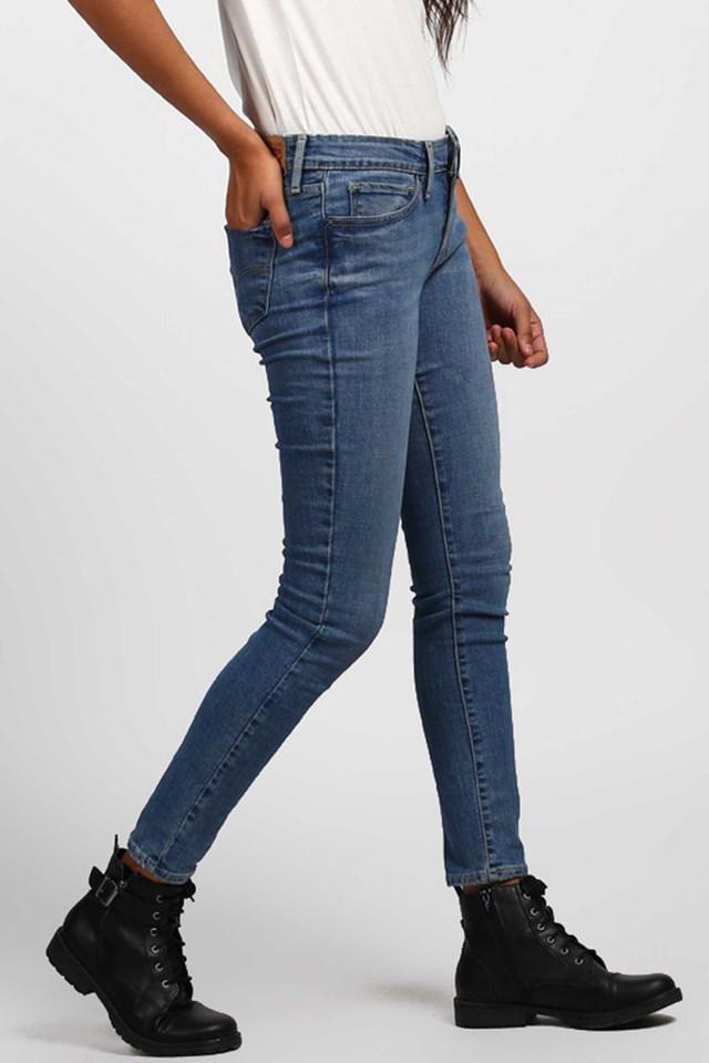 Womens 5 Pocket Rinse Wash Jeans