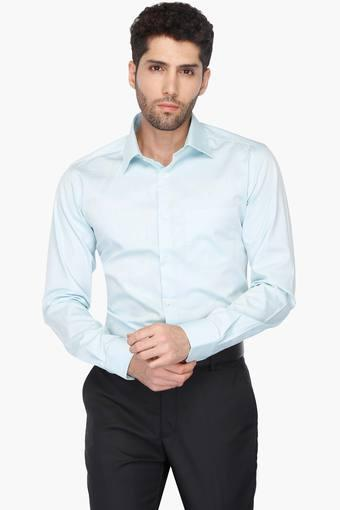 993f2811 Buy PARK AVENUE Mens Solid Formal Shirt | Shoppers Stop