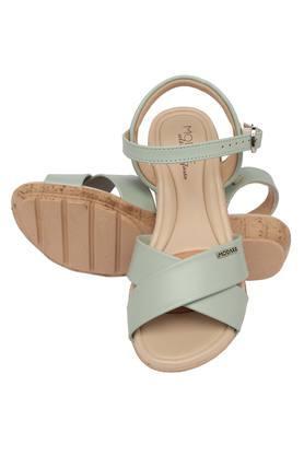 Womens Casual Wear Buckle Closure Flats