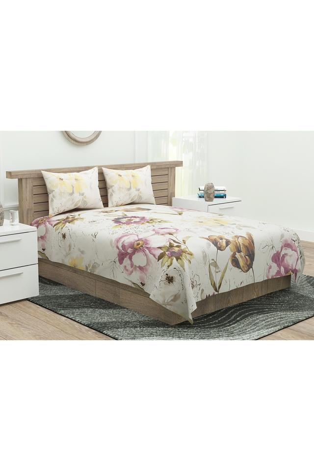 Floral Printed Classic Double Bed Sheet with Pillow Covers
