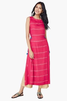 GLOBAL DESI Womens Round Neck Printed Long Kurta