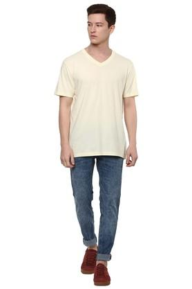 Mens Straight Fit V Neck Solid T-Shirt