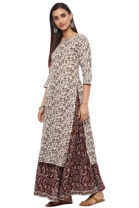 Womens Round Neck Printed Skirt and Kurta Set