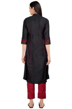 Womens Mandarin Collar Solid Kurta and Pant Set