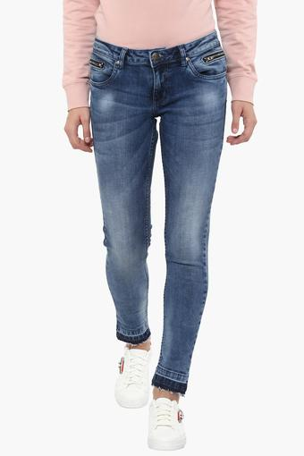 Womens 6 Pocket Whiskered Effect Jeans