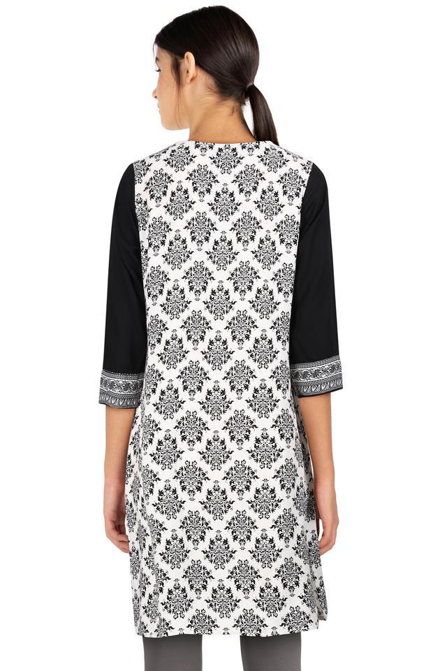 Womens Notched Collar Printed Kurta