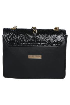 Womens Party Wear Zip Closure Sling Clutch