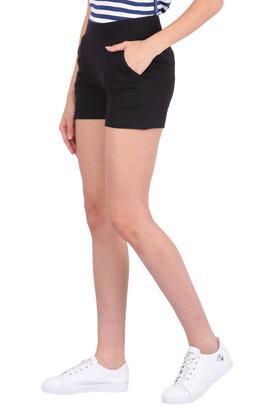 Womens 2 Pockets Solid Shorts
