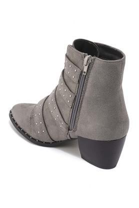 Womens Casual Wear Zipper Closure Boots