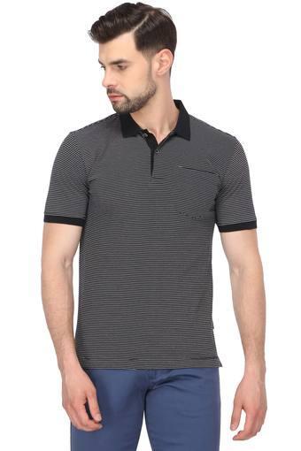 VAN HEUSEN -  BlackT-shirts - Main