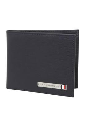 4fa4e99c2b5d Men's Wallet - Buy Mens Wallet Online in India at Best Price ...