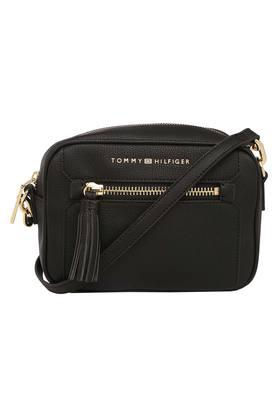 c1f67144ed Buy Tommy Hilfiger Travel, Laptop Bags Online | Shoppers Stop