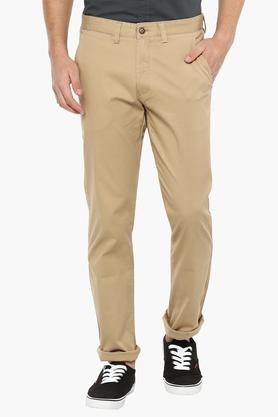 WILLS LIFESTYLE Mens Slim Fit Solid Chinos