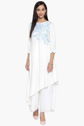 ARAH Womens Embroidered Asymmetrical Hemline Kurta