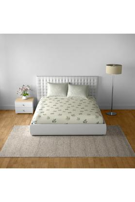 SPACESCotton Printed Double Bedsheet With 2 Pillow Covers - 203257368_9900