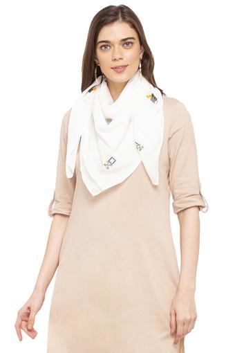W -  WhiteScarves & Socks - Main
