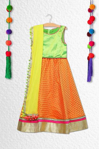 Girls Round Neck Solid Ghagra Choli Dupatta Set