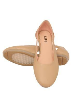 Womens Casual Wear Flats
