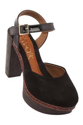 CATWALKWomens Casual Wear Buckle Closure Heeled Sandals