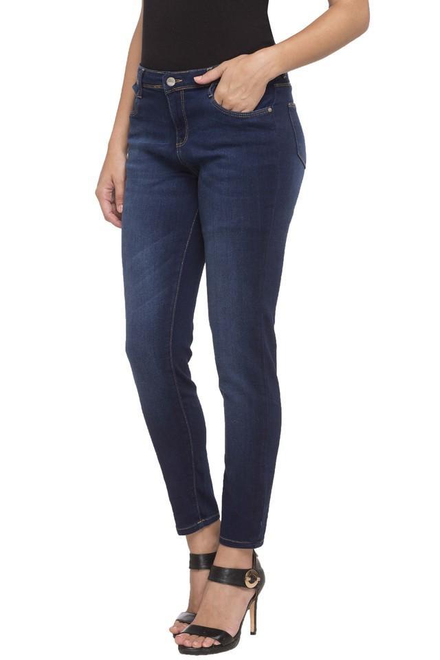 Womens 5 Pocket Heavy Wash Jeans