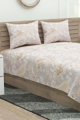 Four Seasons Printed Double Bed Sheet with 2 Pillow Covers