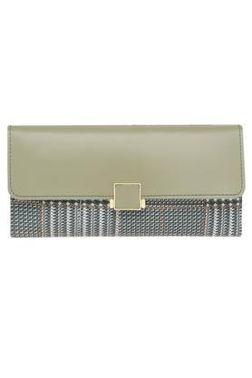 434bf3db179 Buy Clutches & Wallets For Women Online | Shoppers Stop