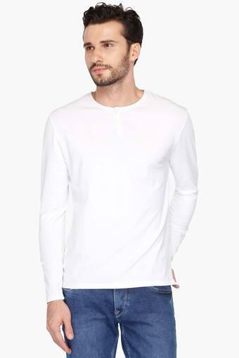c1315c6b Buy BLACKBERRY'S URBAN Mens Slim Fit Henley Neck Solid T-Shirt   Shoppers  Stop