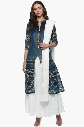 HAUTE CURRY Womens Mandarin Neck Printed Kurta Skirt And Dupatta Set