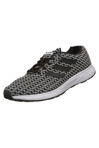 lado Torpe Supervivencia  Buy ADIDAS KIVARO 1 M Men Lace Up Sports Shoes | Shoppers Stop