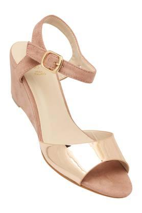 TRESMODE Womens Casual Wear Buckle Closure Wedges