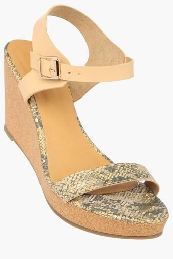 Womens Party Wear Buckle Closure Wedges