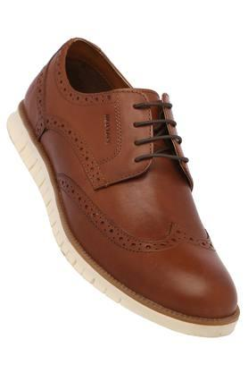 RED TAPE Mens Leather Laceup Casual Shoes
