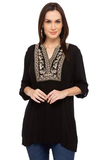 Womens Mandarin Collar Embroidered Kurti