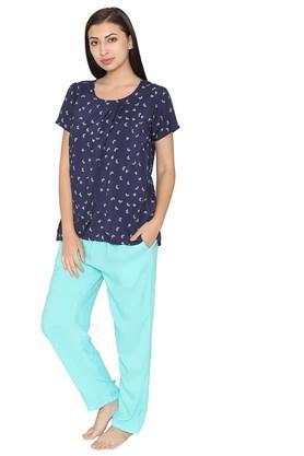 Womens Round Neck Printed Top and Solid Pyjamas Set