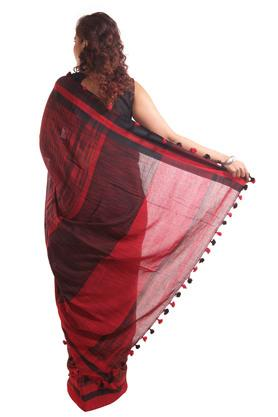 Women Cotton Blocks Saree