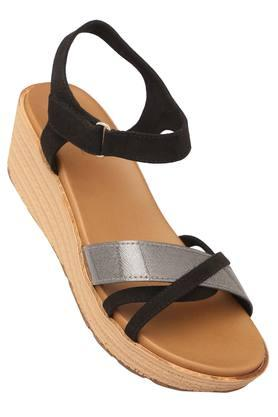 INC.5 Womens Casual Wear Velcro Closure Wedges