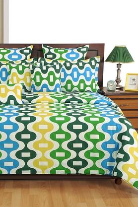 Geometric Double Bed Sheet with 2 Pillow Covers