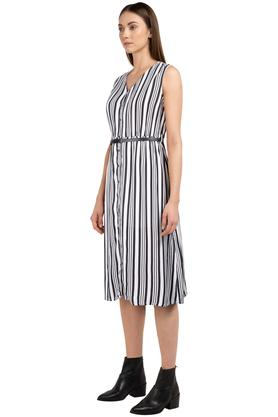 Womens V Neck Striped Knee Length Dress