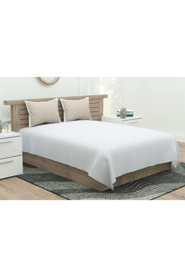 Solid Double Bed Sheet with 4 Pillow Covers