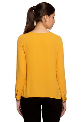 Womens Key Hole Neck Solid Pleated Top
