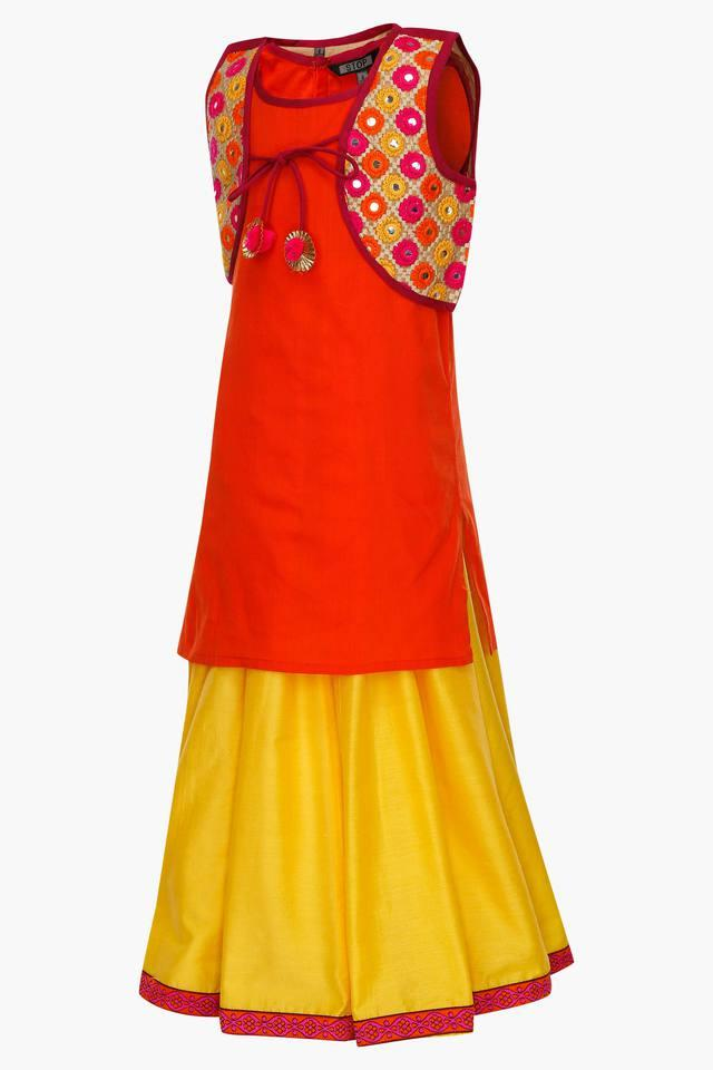 Girls Round Neck Solid Ghaghra Choli and Koti Set