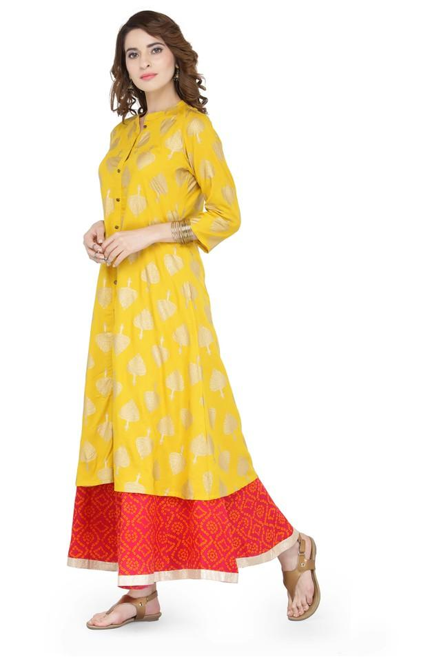 Women Printed Kurta and Skirt Set