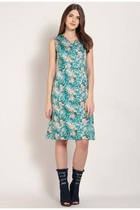 Womens V Neck Printed Skater Dress