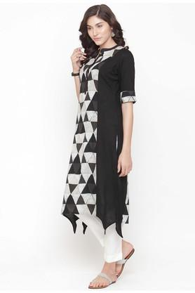 Women Geometric Print Kurta and Pant Set