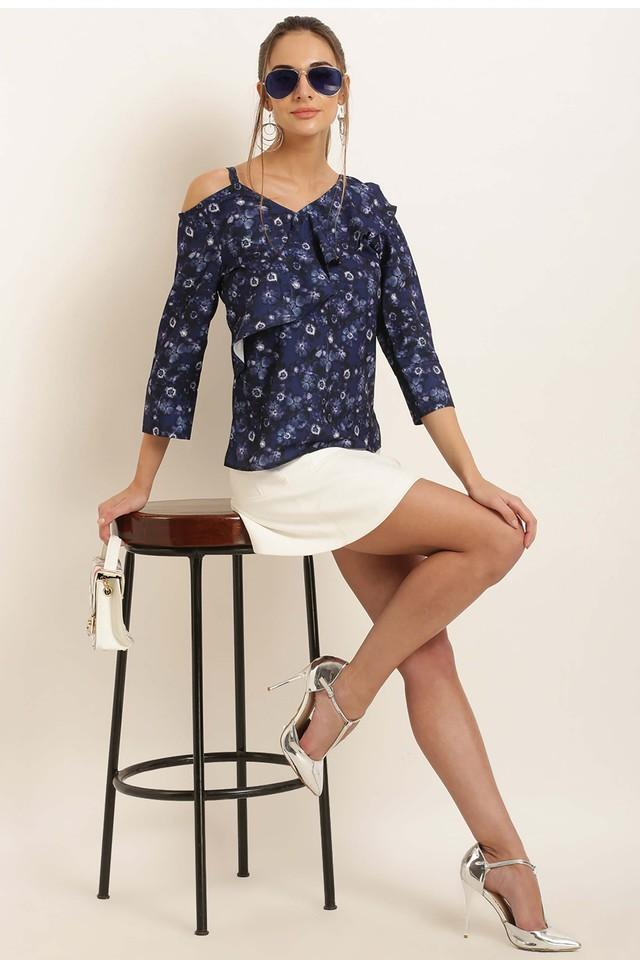 Womens Designer Neck Printed Top