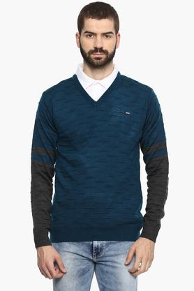 Mens V-Neck Solid Sweater