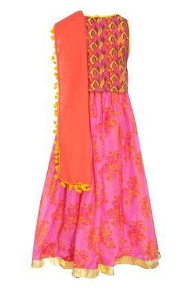 Girls Tie Up Neck Printed Ghaghra Choli Dupatta Set