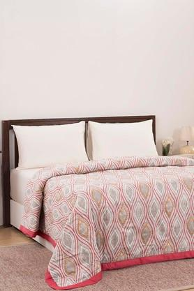 Printed Double Quilt with 2 Pillow Covers