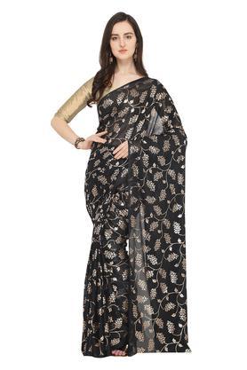 fbfc0eea804171 X ISHIN Womens Printed Saree with Blouse Piece. ISHIN. Womens Printed Saree  with Blouse Piece .