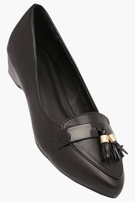 VAN HEUSEN Womens Casual Wear Slipon Ballerinas